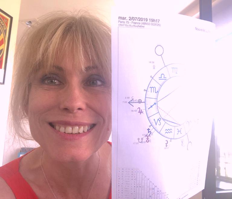 Consultation d'astrologie avec l'astrologue Natacha S.